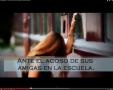 1022_2_Trailer_La_chica_de_los_ojos_turquesa.png